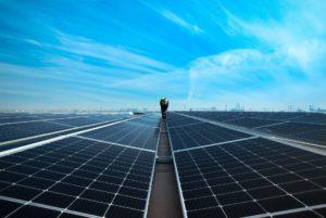Foto van zonnepanelen op een dak